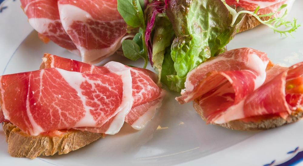 Tostas de jam n ib rico con tomate restaurante artabria - Platos con jamon iberico ...